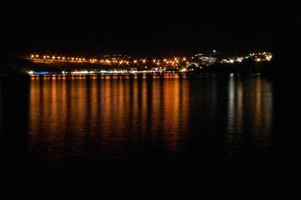 I když není v noci modré, i v noci je Řecko dobré.
