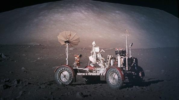 Na Měsíci malý vůz